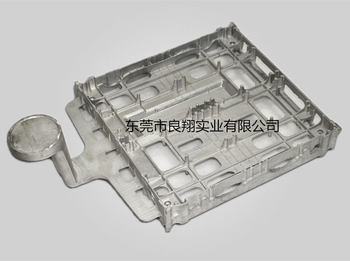 通讯器材外壳精密压铸